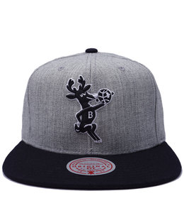 MITCHELL AND NESS BUCKS HWC POP SNAPBACK HAT