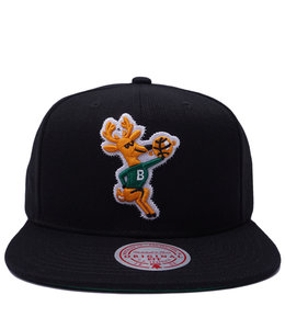 MITCHELL AND NESS BUCKS HWC ZIG ZAG SNAPBACK HAT
