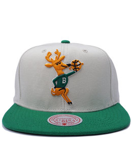 MITCHELL AND NESS BUCKS HWC NATURAL XL SNAPBACK HAT