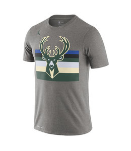 NIKE BUCKS STATEMENT EDITION TEE