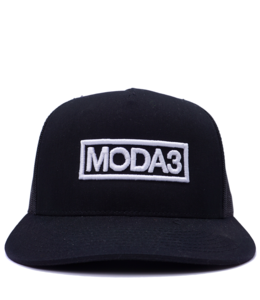 MODA3 OUTLINE LOGO TRUCKER HAT