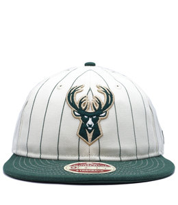 NEW ERA BUCKS HERITAGE RETRO CROWN STRIPE STRAPBACK