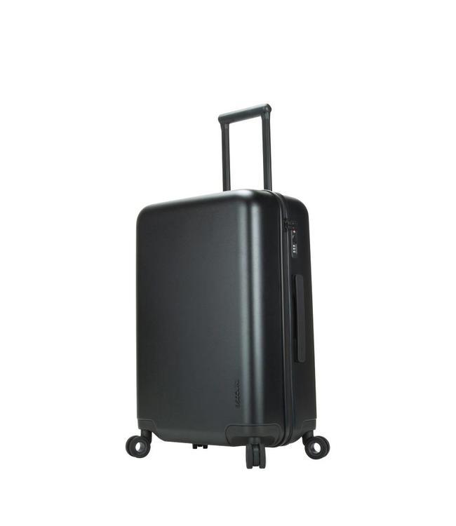 "INCASE Novi 4 Wheel Hubless Travel Roller 27"" Luggage"