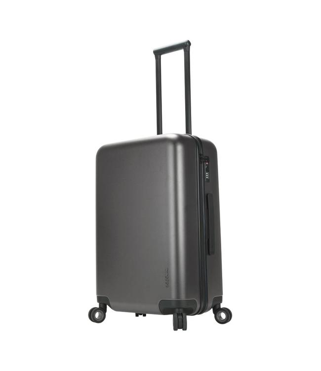 "INCASE Novi 4 Wheel Hubless Travel Roller 31"" Luggage"