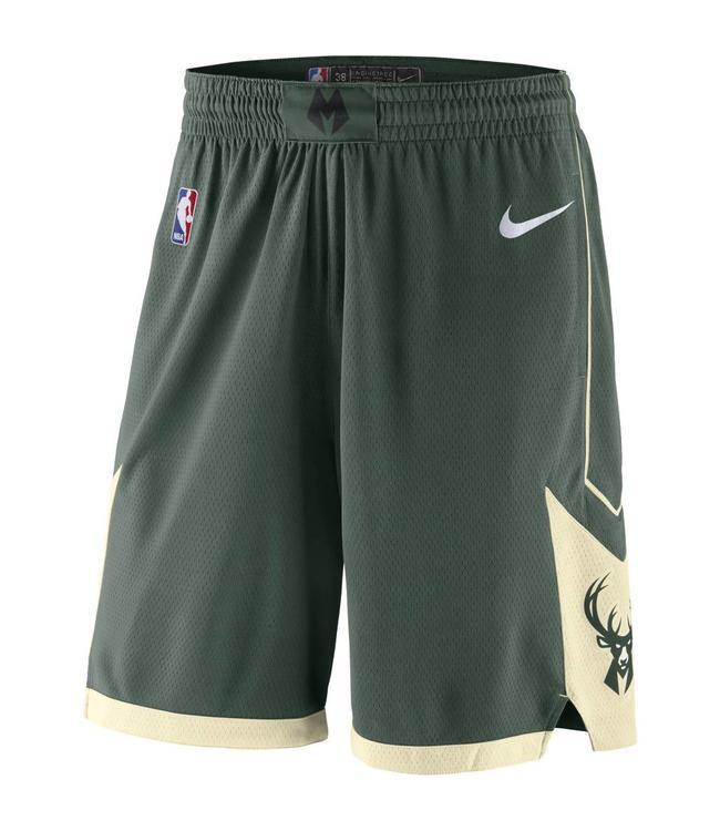 NIKE Bucks Road Swingman Shorts