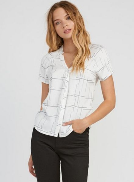 RVCA quota button up top