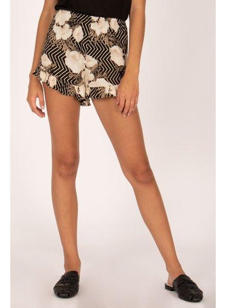 amuse society sandbar shorts
