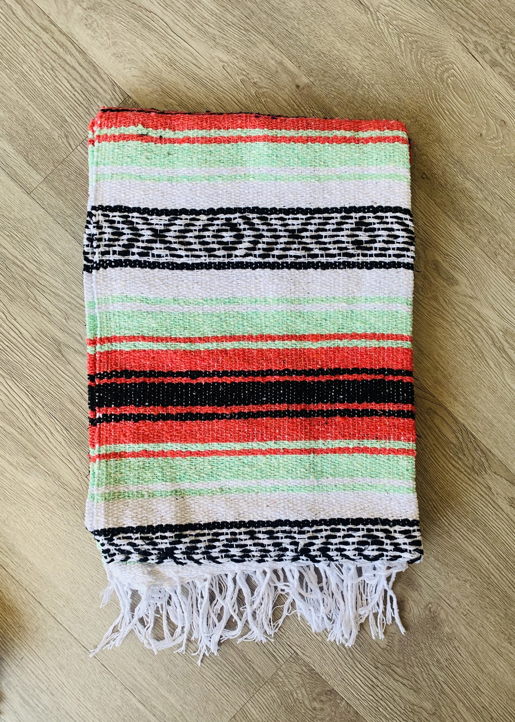 beach blanket coral/mint