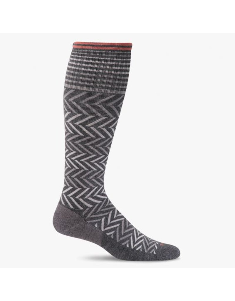 Sockwell Sockwell - Moderate Lifestyle Compression - Chevron - SW7W - Charcoal - Women's