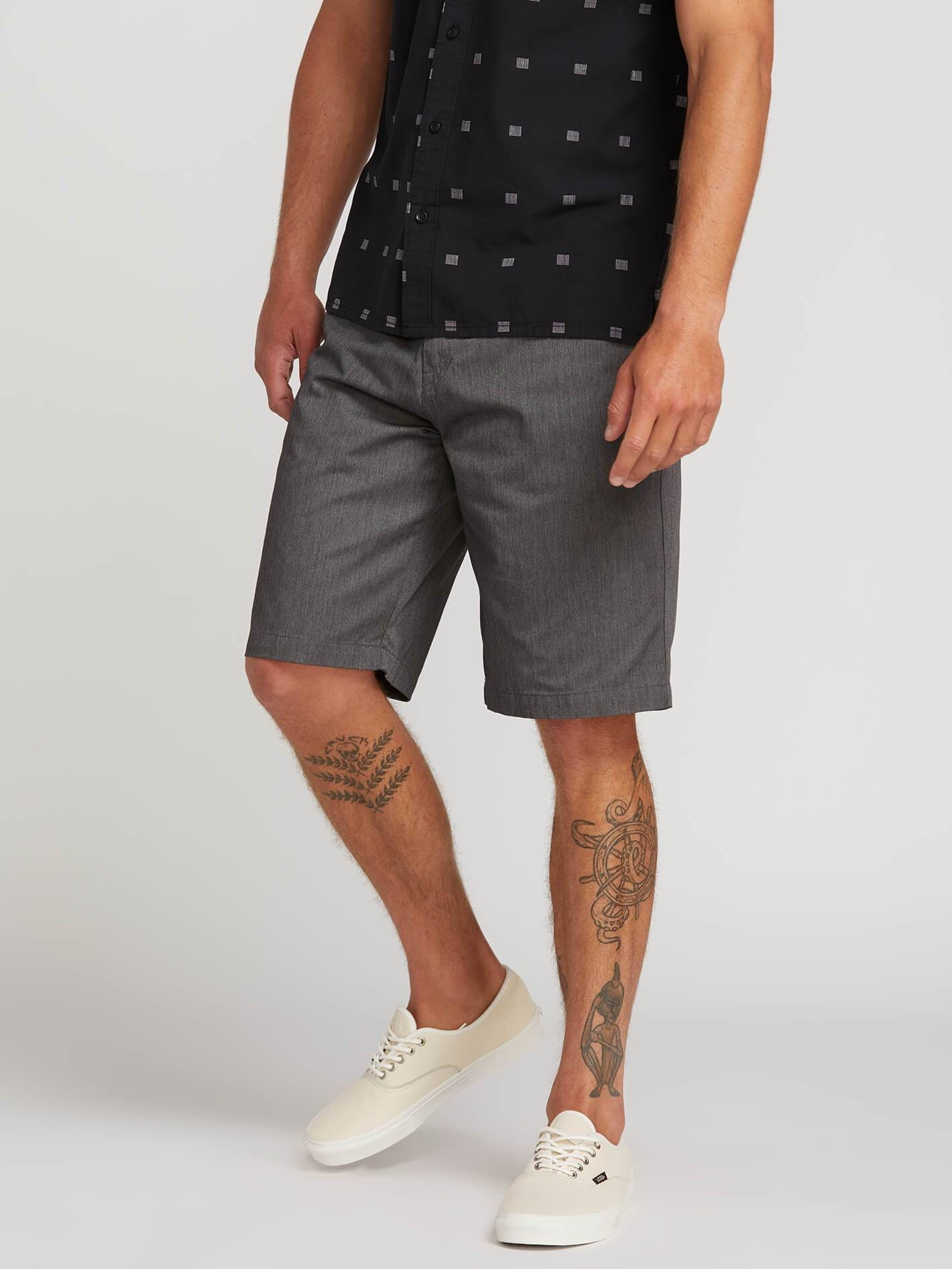 Volcom Inc. FRICKIN CHINO SHORT