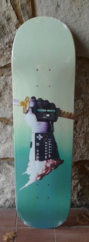 Evisen Nice Glove Man Type B Deck - 8.25