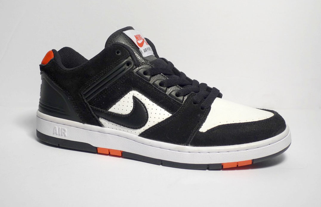30a39d3822 Nike sb Air Force II Low - Black/Black-White-Habanero Red