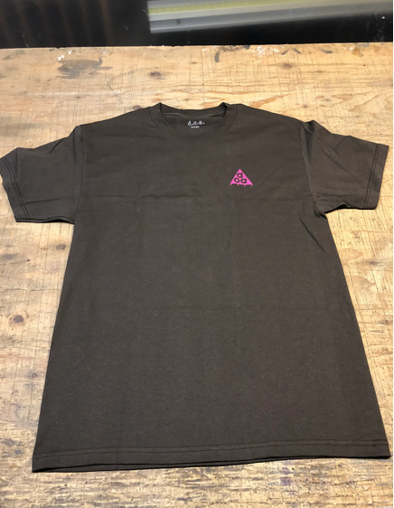 Dead On Arrival D.O.A. Conditions T-shirt - Coffee (size Medium)
