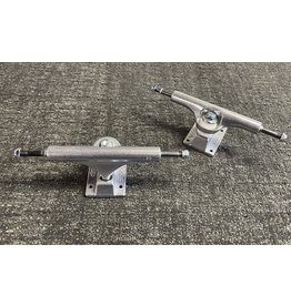 Ace Ace 44 hi Raw trucks (set of 2)