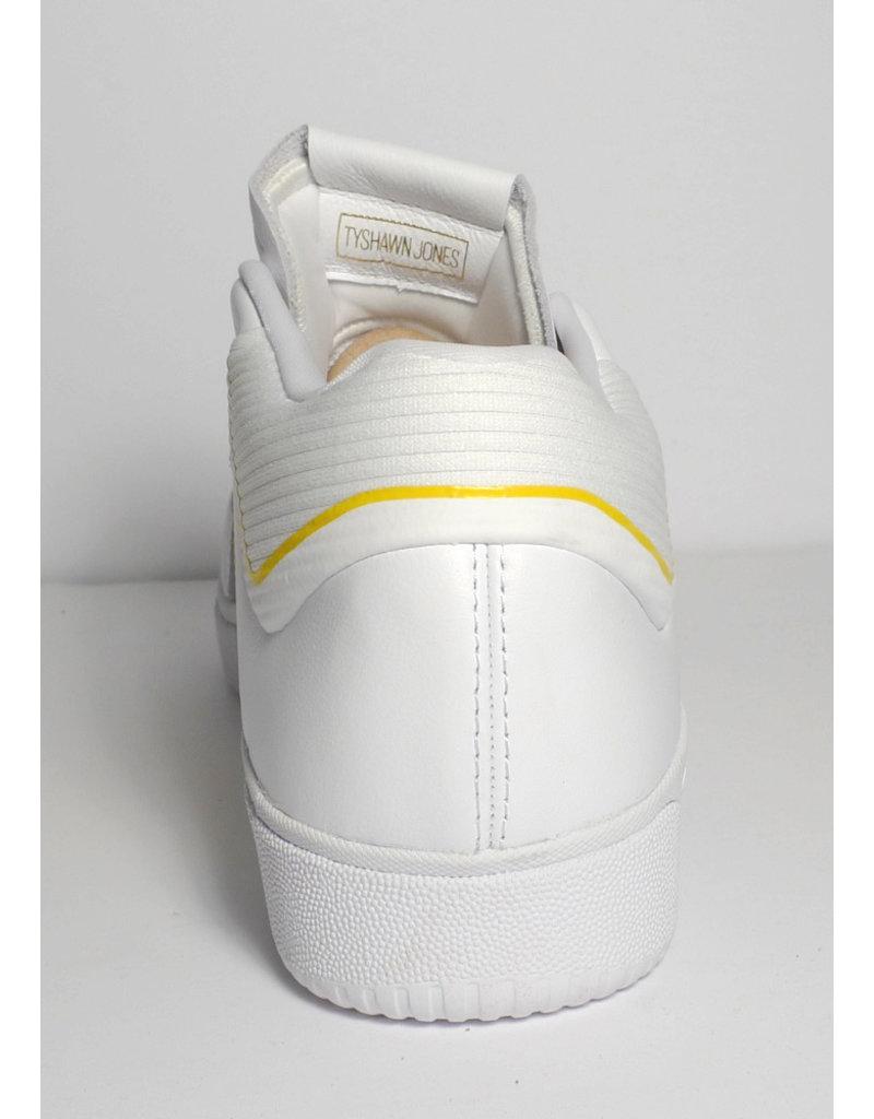 Adidas Adidas Tyshawn White/Yellow (size 10.5, 12 or 13.5)