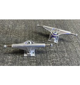 Venture Venture 5.8 Hi All Polished Trucks (set of 2)