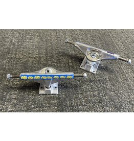 Venture Venture 5.25 Hi V-Light Vincent Touzery Pro Trucks (Set of 2)