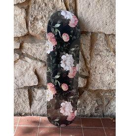Studio Studio Weinstein Dark Flowers Deck - 8.375
