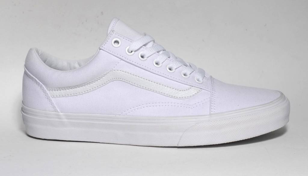 Vans Vans Old Skool - True White (size 10.5, 11 or 12)