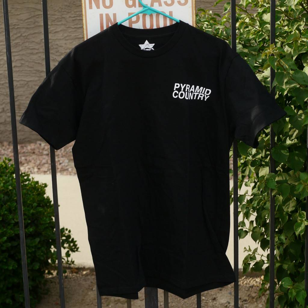 Pyramid Country Pyramid Country Glogo Black T-shirt (size Small)