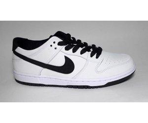 premium selection 475b4 88944 Nike SB Nike sb Dunk Low Pro IW - White/Black-White (size 6)