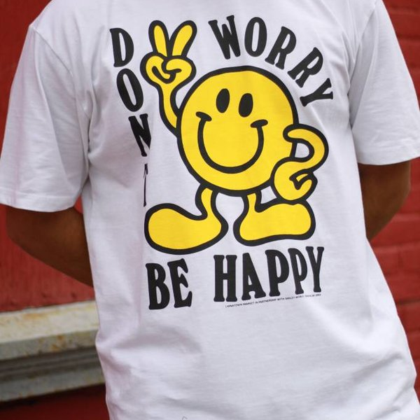 CHINATOWN MARKET DON'T WORRY TEE