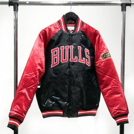 MITCHELL & NESS M&N SATIN JACKET - BULLS