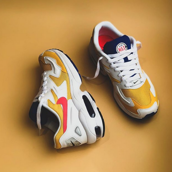 "NIKE AIR MAX 2 LIGHT ""UNI GOLD"""