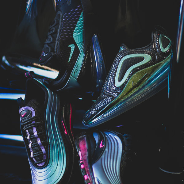 "NIKE AIR MAX DELUXE ""LASER FUCHSIA"""