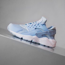 "NIKE WMNS AIR HUARACHE RUN ""ARMORY BLUE"""