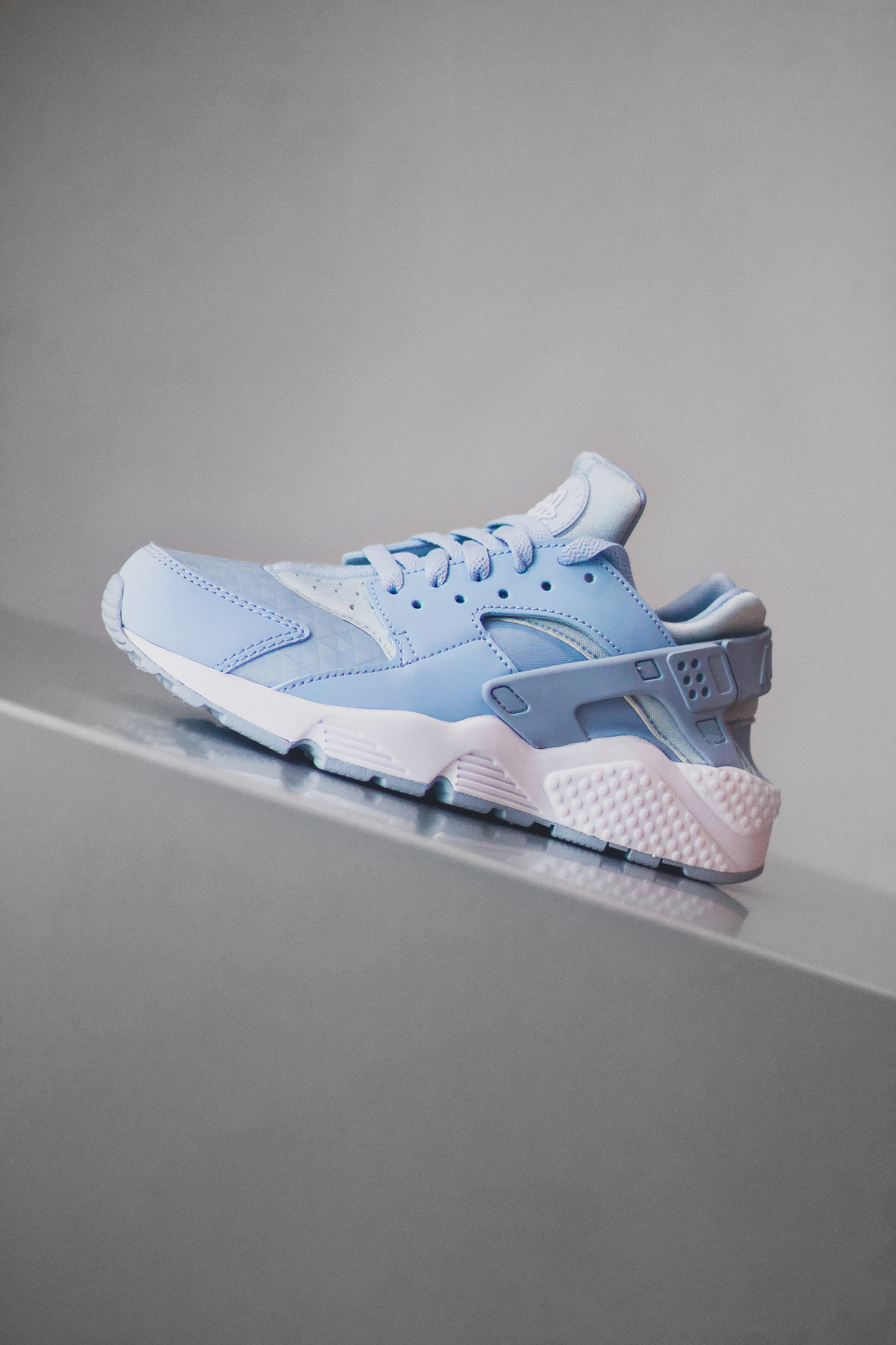 promo code 7b05d e25ea WMNS AIR HUARACHE RUN - Sneaker Room - Jersey City