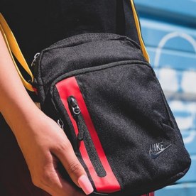 NIKE NIKE TECH BAG - BLK/RED/YLW