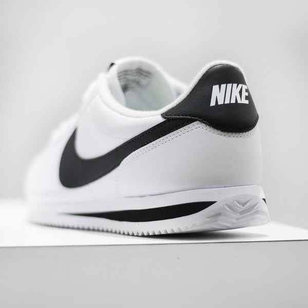 "NIKE CORTEZ BASIC LEATHER ""WHT/BLK"""