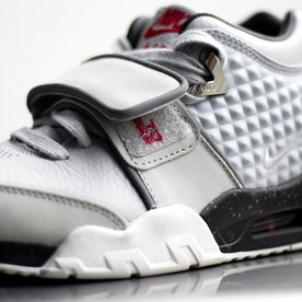 "NIKE AIR TRAINER CRUZ ""WOLF GREY"""