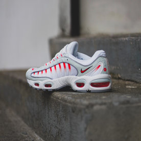"NIKE AIR MAX TAILWIND IV ""GHOST"""
