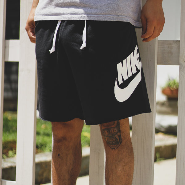 NIKE NSW ALUMNI SHORTS