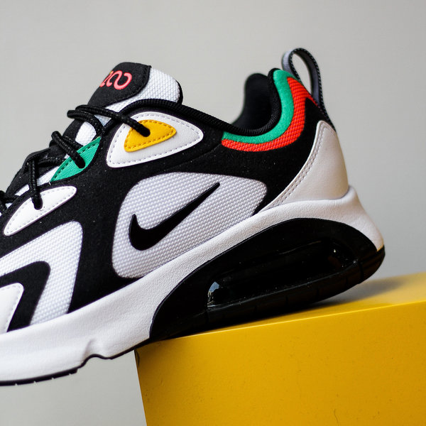 "NIKE AIR MAX 200 ""2000 WORLD STAGE"""