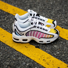 "NIKE W AIR MAX TAILWIND IV ""MULTICOLOR"""