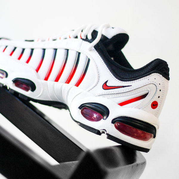 """NIKE AIR MAX TAILWIND IV """"WHITE/RED"""""""