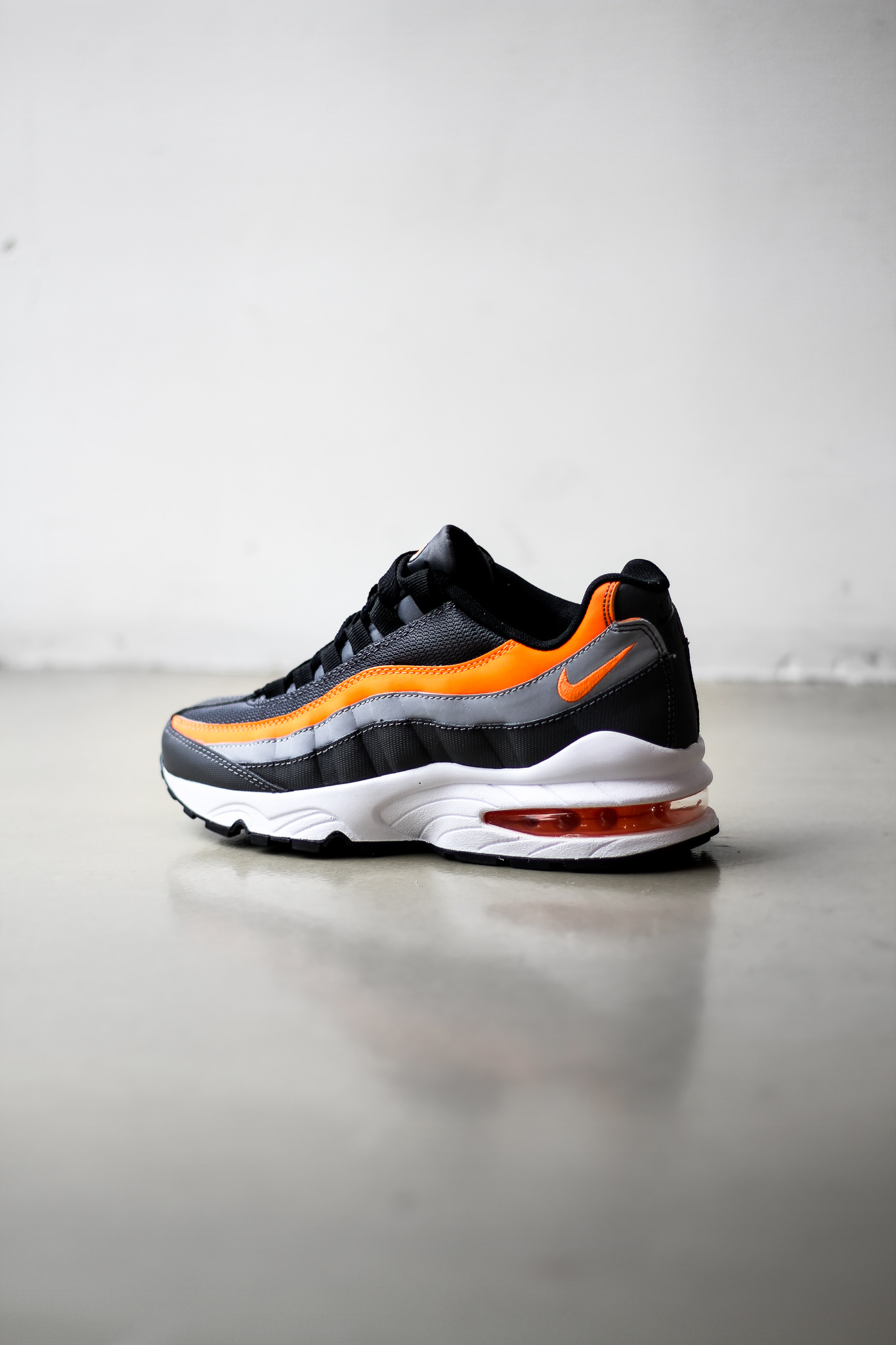 air max 95 orange noir