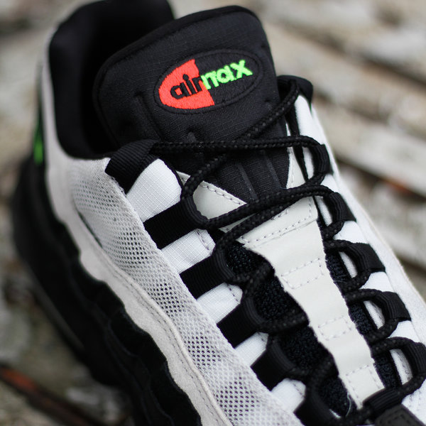 "NIKE AIR MAX 95 ES ""BLK/ELECTRIC GREEN"""