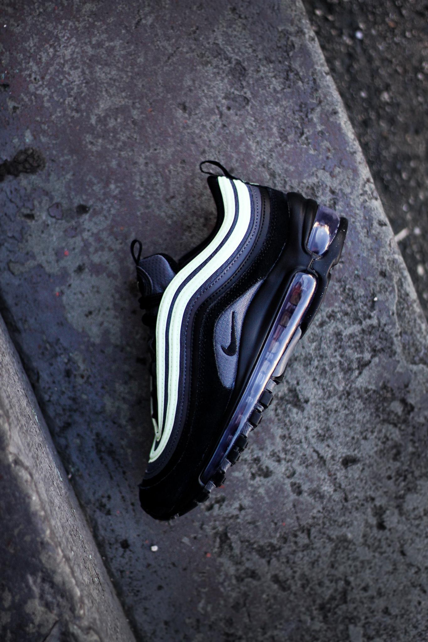 Nike Air Max 97 Purple Smoke HYPEBEAST DROPS