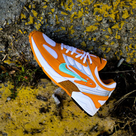 "NIKE GHOST RACER ""ORANGE PEEL"""