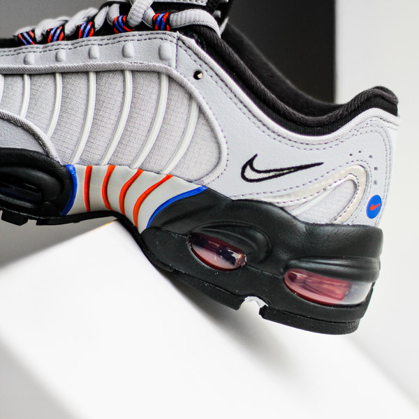 "NIKE AIR MAX TAILWIND IV SE ""WOLF GREY"" (GS)"