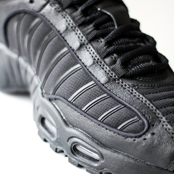 "NIKE AIR MAX TAILWIND IV ""BLK"""