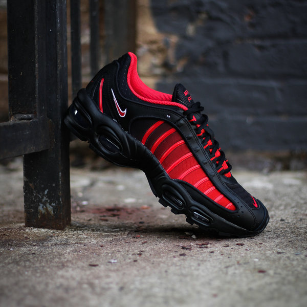 "NIKE AIR MAX TAILWIND IV (GS) ""UNI RED"""