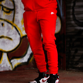 "NIKE NSW TECH FLEECE JOGGER ""UNI RED"""