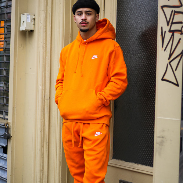 "NIKE CLUB FLC JOGGER ""MAGMA ORANGE"""