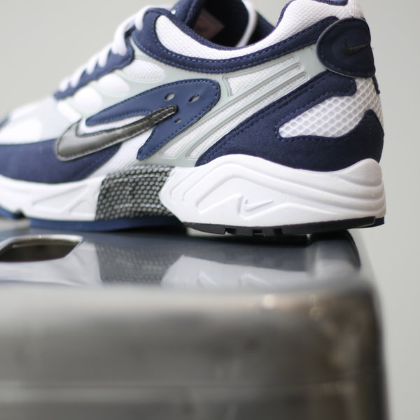 "NIKE AIR GHOST RACER ""MIDNIGHT NAVY"""