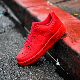 "NIKE AIR FORCE 1 '07 LV8 ""UNI RED"""